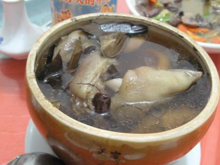 汤方解_【 现代研究】羌蓝汤可以抑制体内毒素的致热作用,在解热的同时也