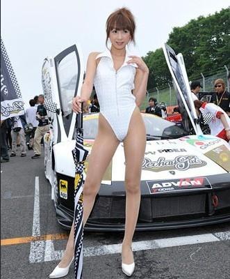 日本车模高叉制服