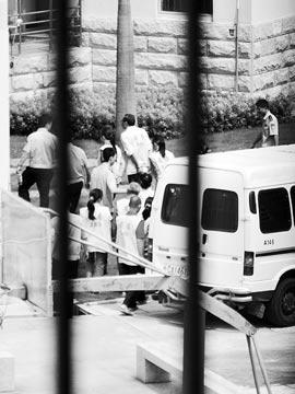 三年拐卖45名男婴 多个孩子因病死亡