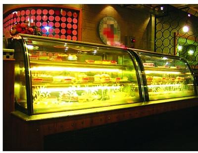 厦门的蛋糕店是否使用植物奶油?