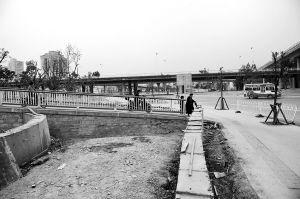 引桥东侧分流平台,已具雏形