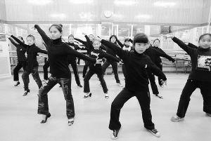 厦门孩子跳的拉丁舞将亮相央视少儿春晚 300