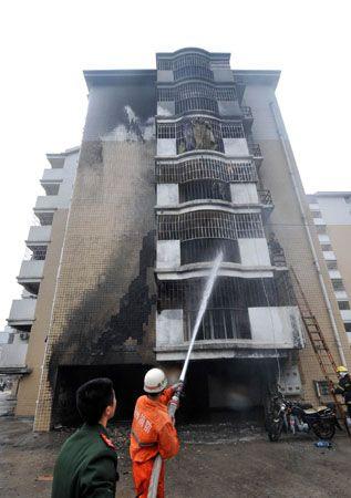 大火都烧到了3层楼