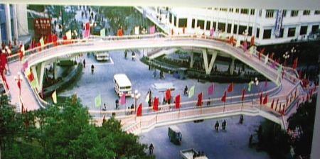 1985年天桥刚建成时的样子