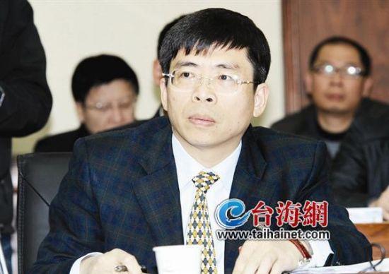 郑云峰调任海沧管委会主任