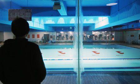 事发后,游泳池暂停营业
