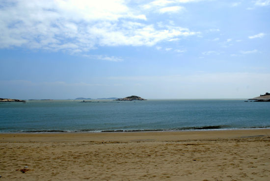 3,平潭塘屿岛:塘屿岛风景非常漂亮,海水很好,据说能见度有十几米