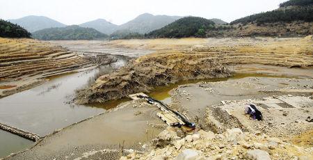 苏区水库水位低至历史最低位