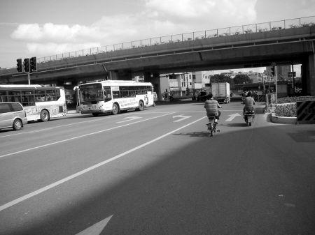 福飞三环路口