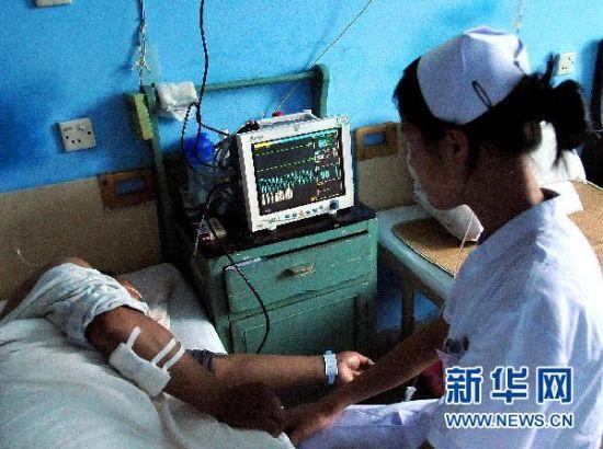 7月14日,受伤人员在武夷山市立医院接受治疗。