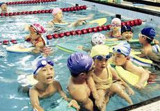 全省仅36名教练有资格证,大部分家长没有关心过游泳教练资格