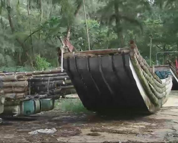 图1 京族人自制的竹筏