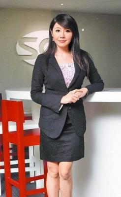 杨伊湄积极转型,现为三立电视台新闻部兼职主播。图片来自网络