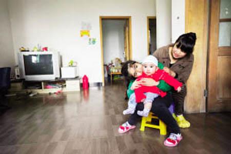 危乐妍的妈妈和弟弟