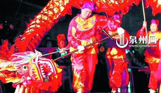 泉州地方戏曲展播在市图书馆举行;   2月4日,2月6日:泉州木偶剧团献上