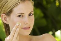 夏季不必勤洗脸 正确护肤最重要