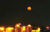 超级月亮6日现身夜空