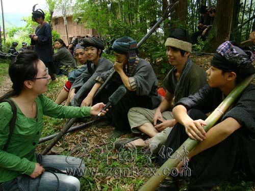 三明工贸学校100多名学生《葛藤凹》里扮角色