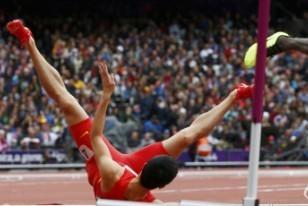 伦敦奥运会刘翔意外摔倒
