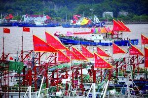 福建大批渔船整装待发 准备赴钓鱼岛海域捕鱼