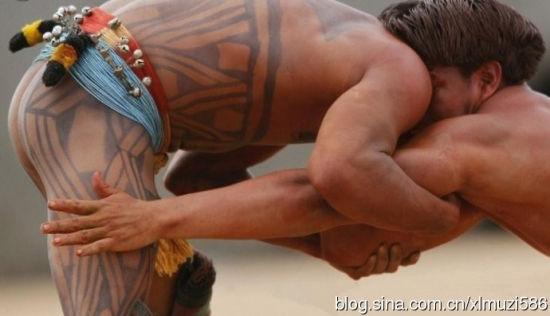 探秘一妻多夫的亚马逊裸体部落(组图)