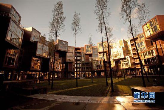 组图:用福建土楼民居灵感设计的丹麦大学公寓