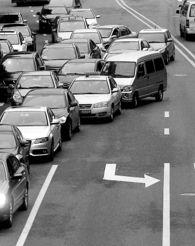 """福州市民""""举报""""市区最易加塞路段14处"""