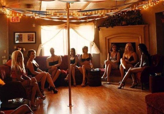 组图:美国内达华乡村妓院到处是色诱好撩人