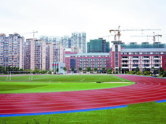 龙岩:假期中心城区大部分中小学校体育设施不对外开放