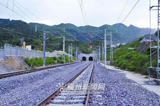 雪峰山隧道