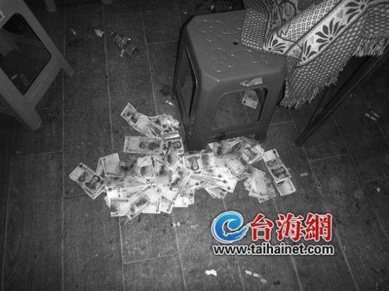 民警冲击地下赌场