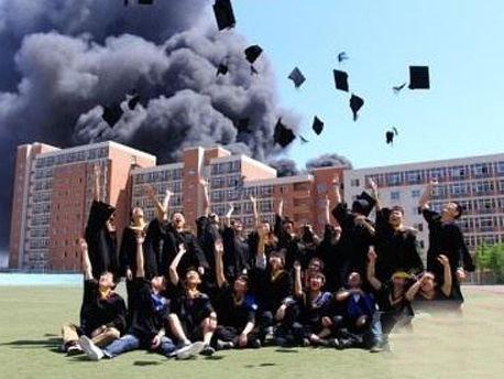 最霸气毕业照你都见过哪些