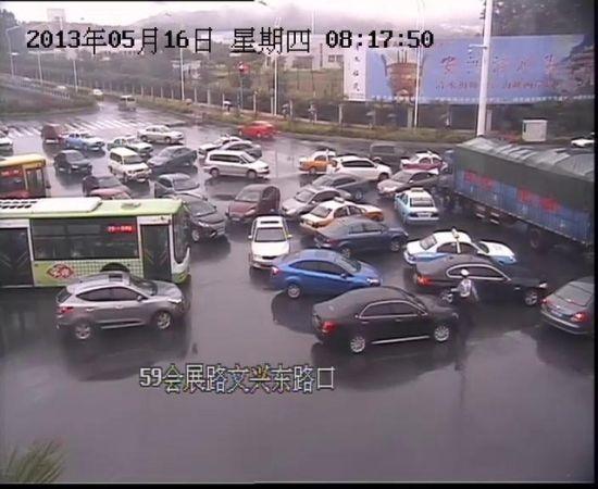暴雨强袭鹭岛 厦门市严重积水道路公布