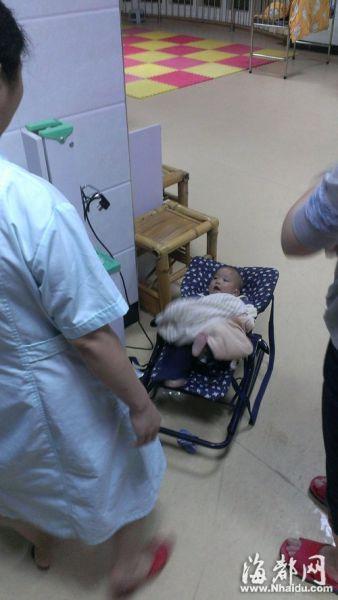 六指男婴已被送往儿童福利院