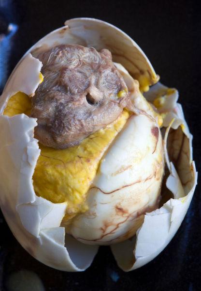 菲律宾:芭露特煮鸭蛋