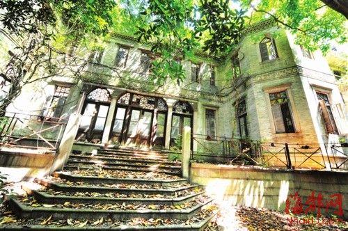 采峰别墅中西合璧,至今保存完好
