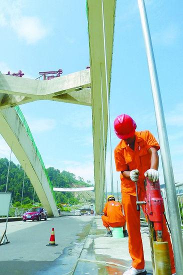 三明碧口大桥开始加固维修 预计国庆节前完工
