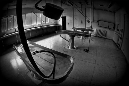 德国柏林的比利兹-赫尔斯塔腾停尸房