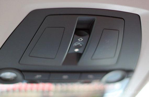车内的天窗按钮-时尚运动舒适 全新宝马640i四门版实拍解析 2