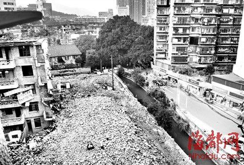 观风亭路改造拆迁工作进行了一半,就拆不下去了