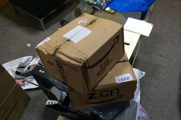 匿名网友捐的2箱书