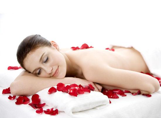 盘点女性裸睡的5大好处:能减肥治失眠