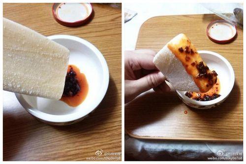 网友试吃雪糕配辣椒酱。网友供图
