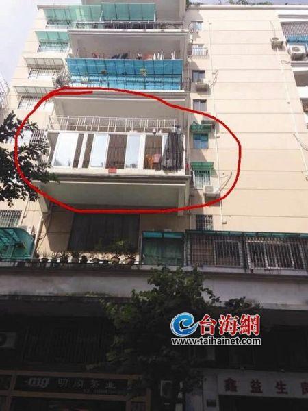 1周岁男婴从4楼坠下无大碍