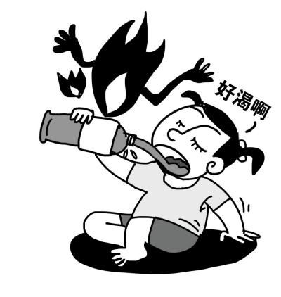 女童误把烧碱当水喝胃部烧伤 近4个月只能喝牛奶