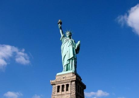 美国:法定节日少 假期可折钱