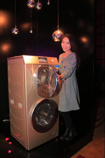 这项测试要对洗衣机实际使用过程中的震动指数进行仿真测试,他们模拟