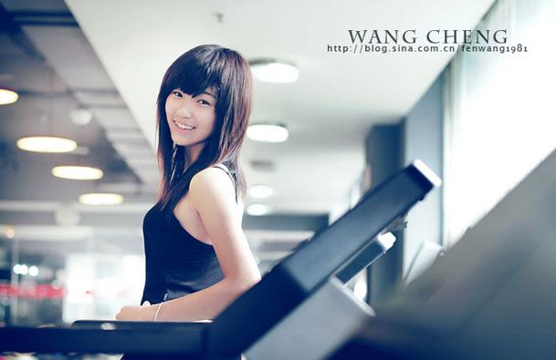 健身房里的小曲 模特:林洳绮(学生)