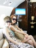 前超女学郭美美炫富晒私人飞机