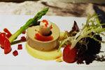红酒鹅肝慕斯鱼籽沙拉